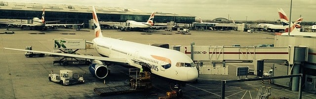 літак авіакомпанії British Airways